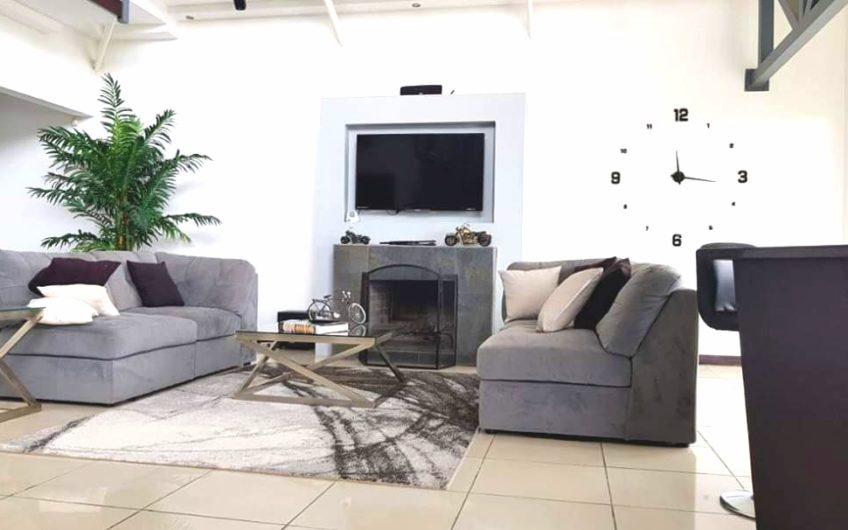Casa en venta, Goicoechea El Carmen, San José. Cod.CV5050